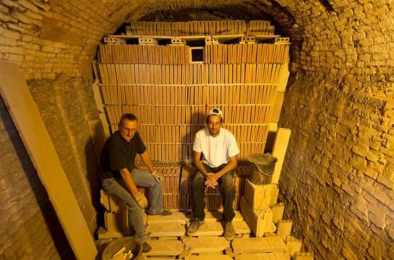 Ateliers du musée de la céramique Terra Rossa à Salernes : four. Photo Moirenc