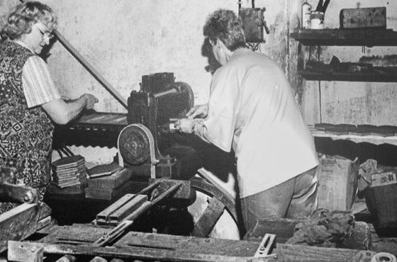 Ateliers au Musée Terra Rossa à Salernes: fabrication céramique